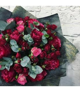 Букет Микс из красных роз
